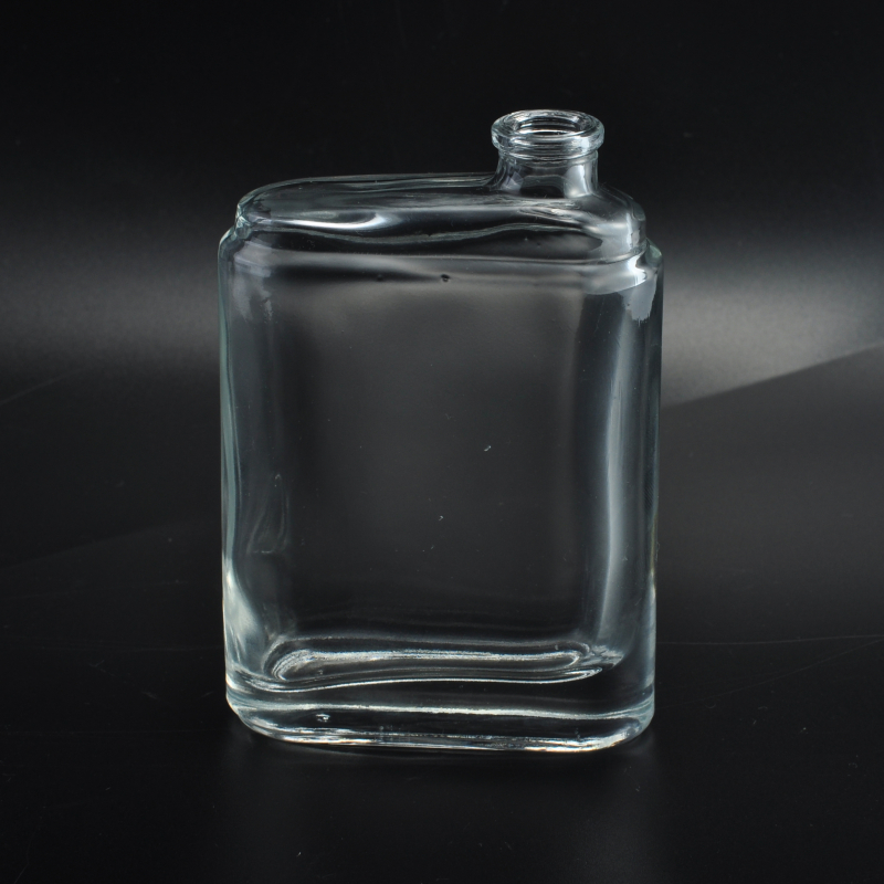 China Manufacturer OEM Crystal Cosmetic Container Glass Perfume Bottles