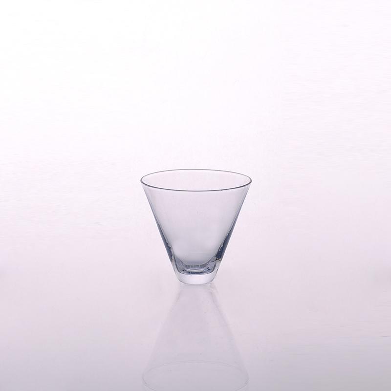 Unique Design V Shape Wine Glass Whiskey Glass
