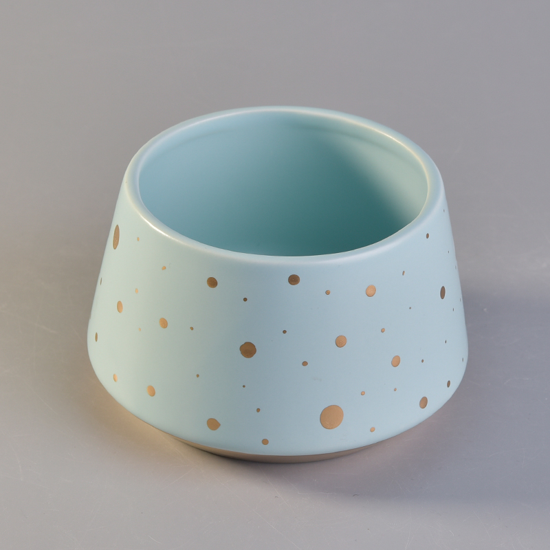 Novel design blue ceramic candle holder with gold painted