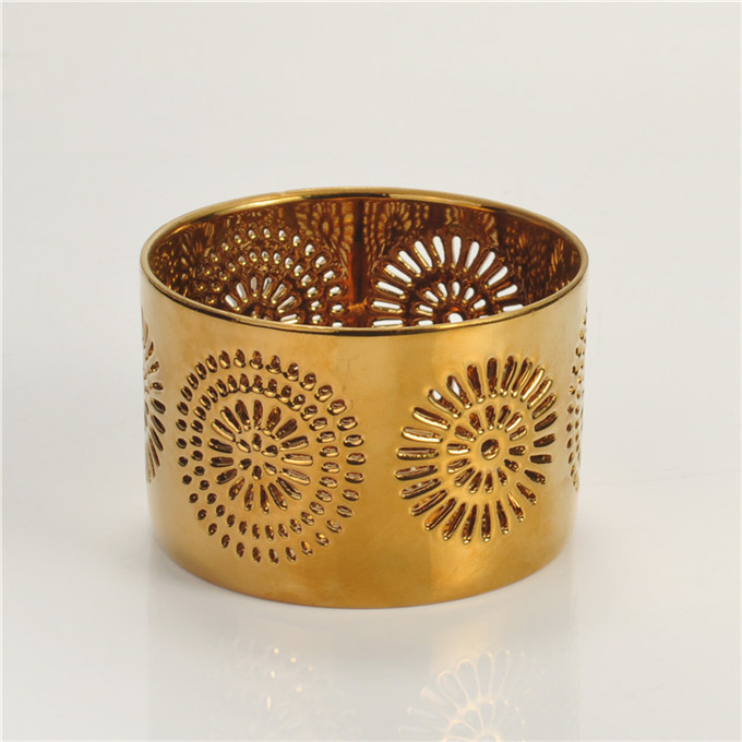 Oscar ward gold round hollo out ceramic candle holder