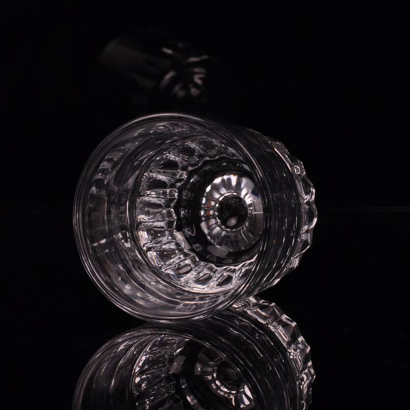 glass tumbler drinking