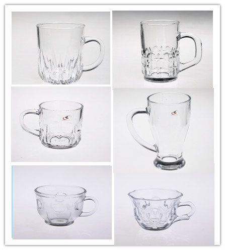 Tall clear glass beer mug with handle