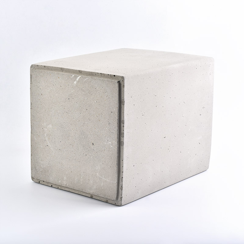 Cement candle holder can be the best decoration in your clear room