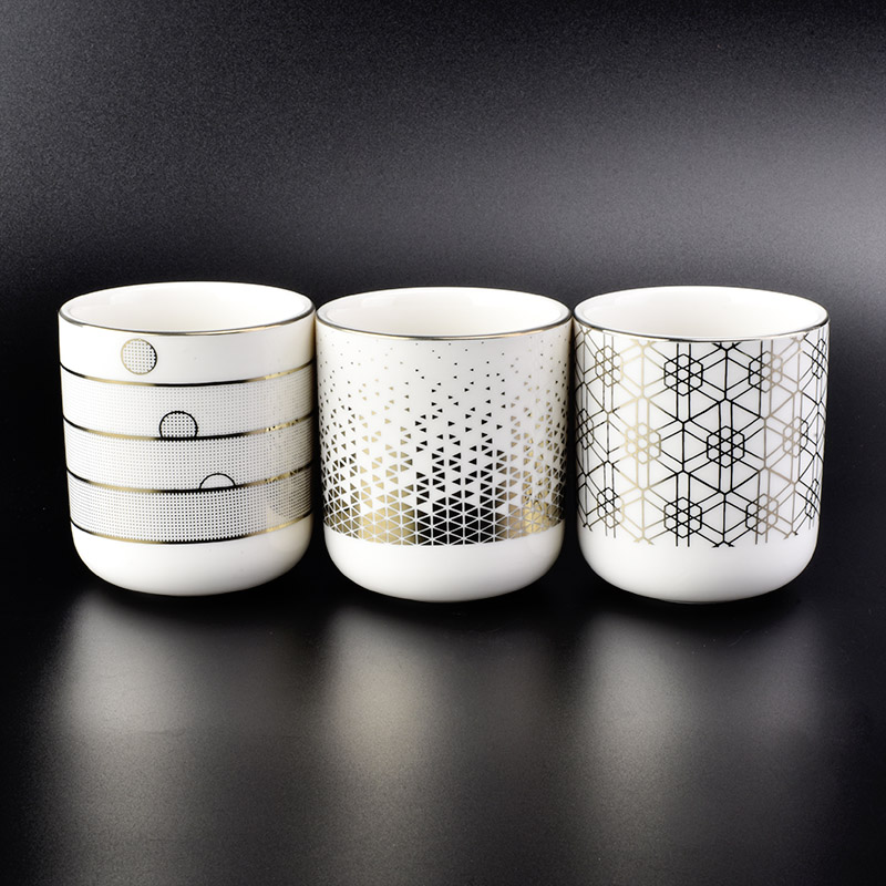 gold printed decoration white ceramic candle holders with round bottom