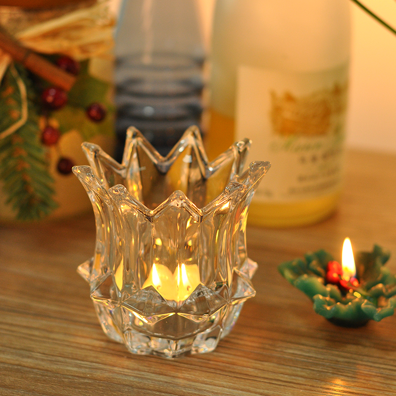 Crown shape crystal glass candle holder