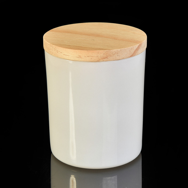 Popular 10OZ white glass candle holder with wood lids