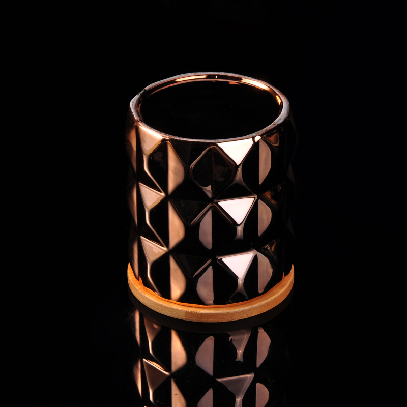 Copper ceramic candles holder with wooden lid