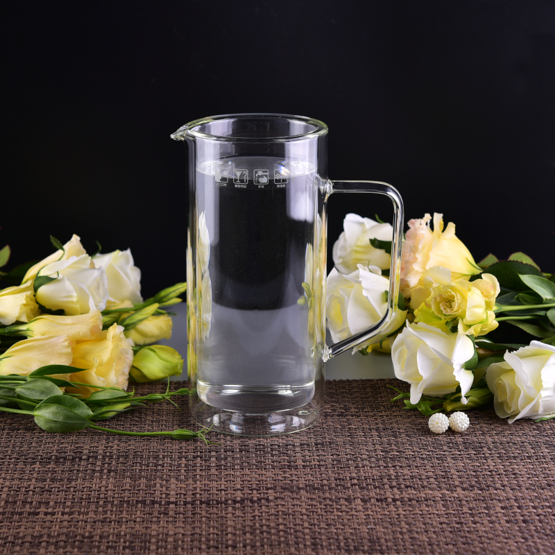Customized double wall borosilicate glass pitchers with handle for coffee water juice