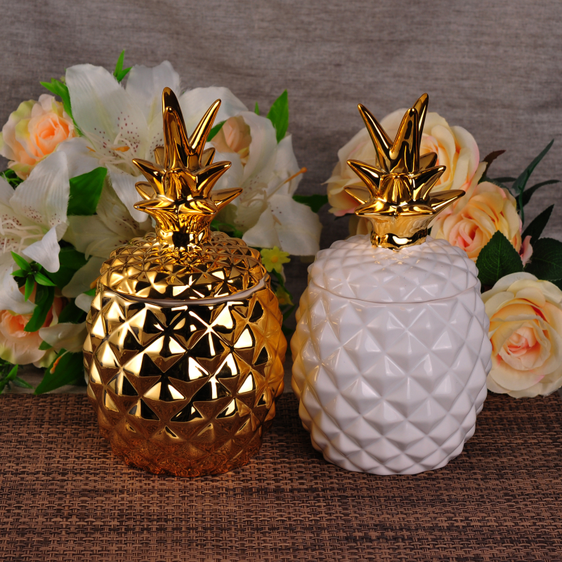 Embossed Handmade Pineapple Shape Golden Electroplating Ceramic Candle Holder
