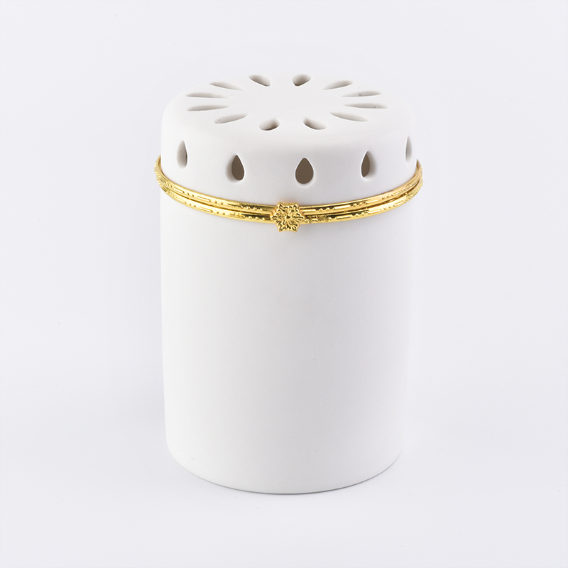 High end luxury ceramic candle holder with carving decoration