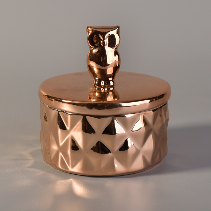 Gold color ceramic candle jar with animal lidgold color for Best brand of paint for kitchen cabinets with hanging crystal candle holder