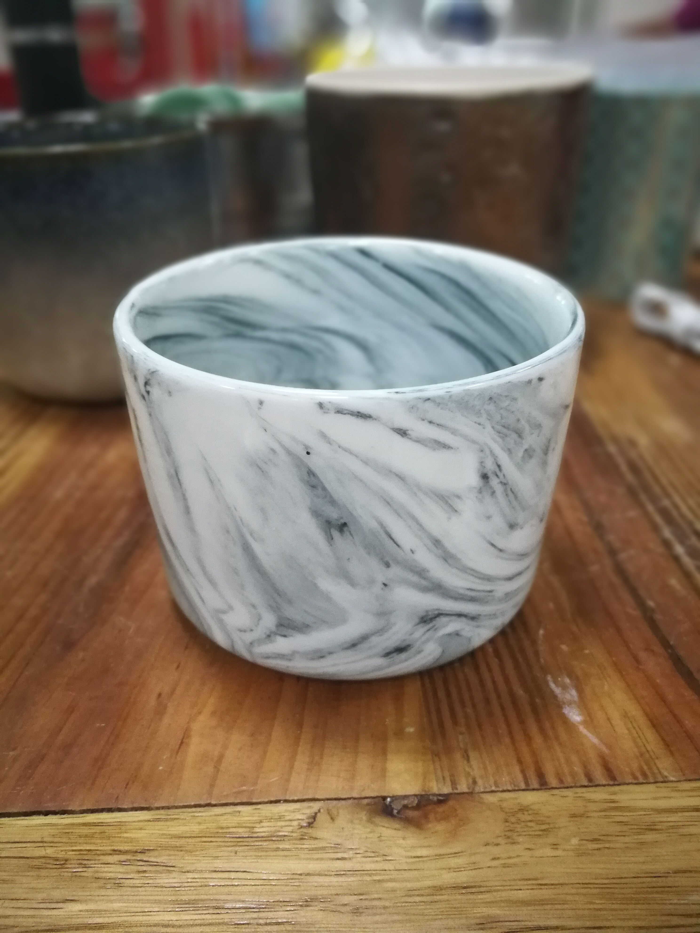 Stock marble effect ceramic candle jar