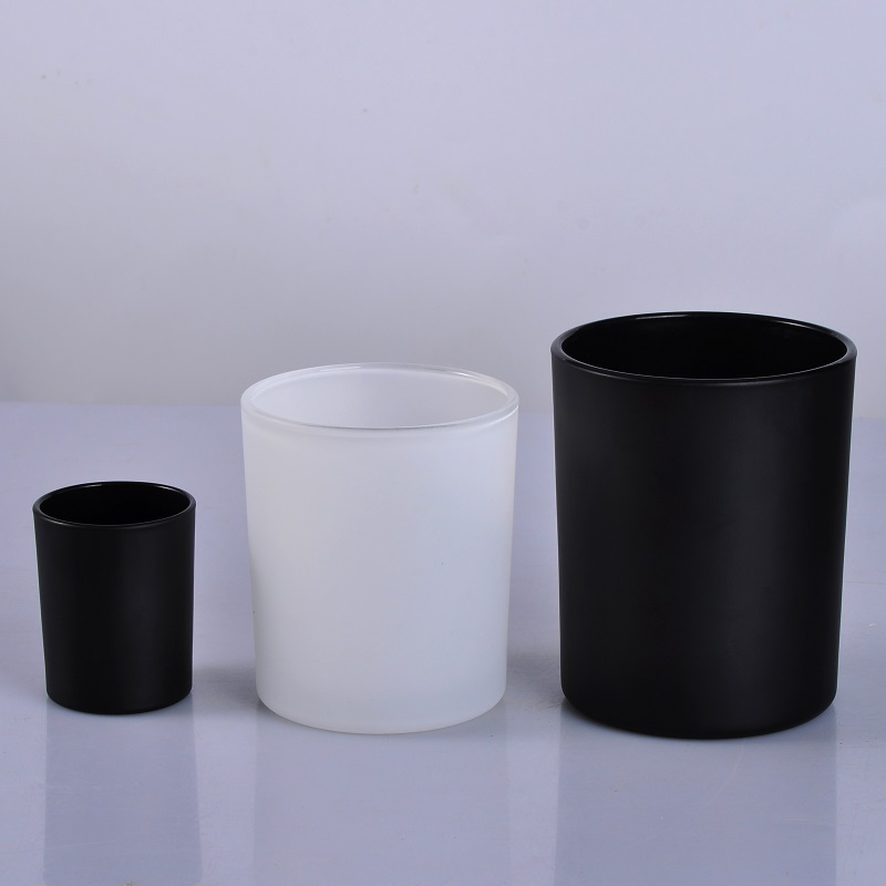 matte black and matte white candle jars with wooden lid
