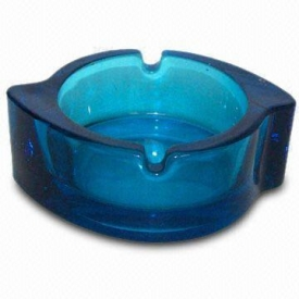 China Blue Machine Pressed Glass Cigar Ashtray factory