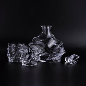 China Crystal glass whiskey decanter set dishwasher safety factory