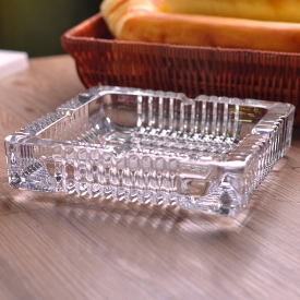 China Machine Pressed Crystal Glass Ashtray Customized Manufacturer factory