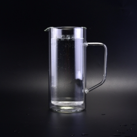China Customized double wall borosilicate glass pitchers with handle for coffee water juice factory