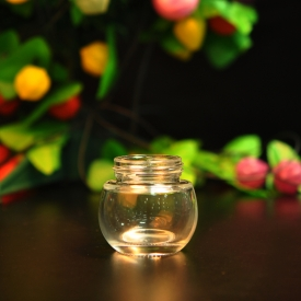 China Glass cosmetic cream jars factory