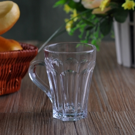 China 140mL High Quality Drinking Glass Beer Glass with Handle factory