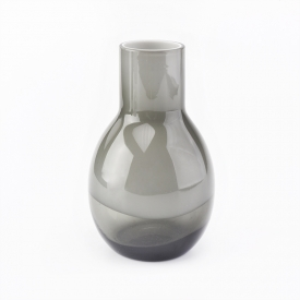 China Luxury high quality handmade glass diffuser candle vessel home decoration vase factory