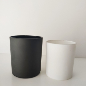 China Matte black and matte white glass vessel for candle making factory