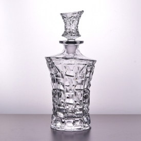 China New Arrived Exquisite Whiskey Decanter sets and 4 Cocktail Glasses factory