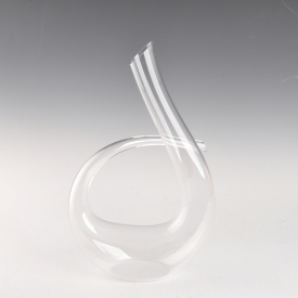China Swan Shape High White Glass Hand Made Decanter for Wine factory