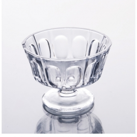 China Transparent ice cream/dessertcup with embosses pattern factory