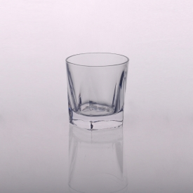 China Wholesale Drinking Glass Cup Clear Glass Tumbler factory