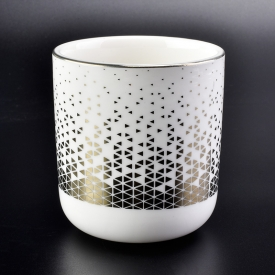 China gold printed decoration white ceramic candle holders with round bottom factory
