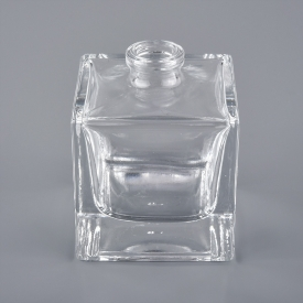 China square bottle refillable perfume essential oil glass bottle factory