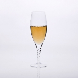 China stem champagne glass factory