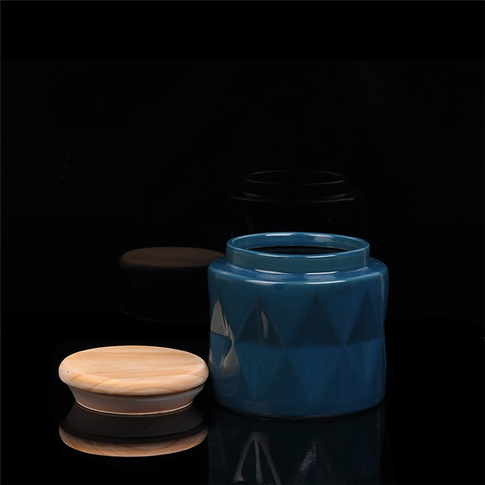 Ceramic Candle Holder With Wood Lids Candle Holder