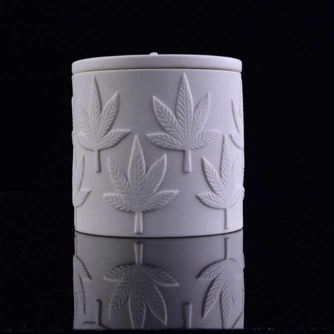 Custom Embossed Logo White Ceramic Candle Jar With Lid