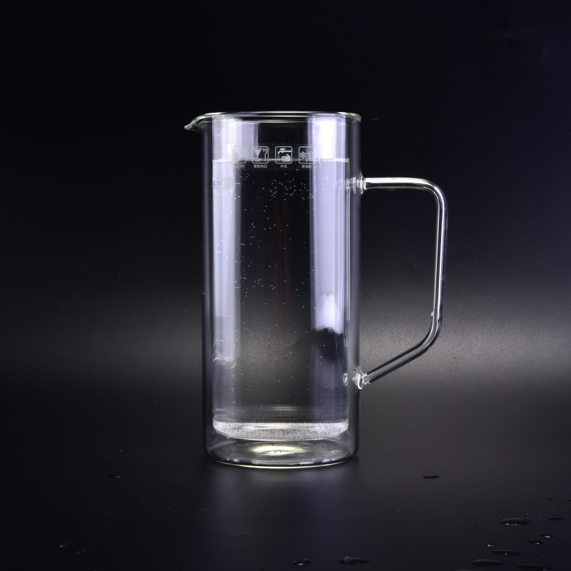 Customized Double Wall Borosilicate Glass Pitchers With