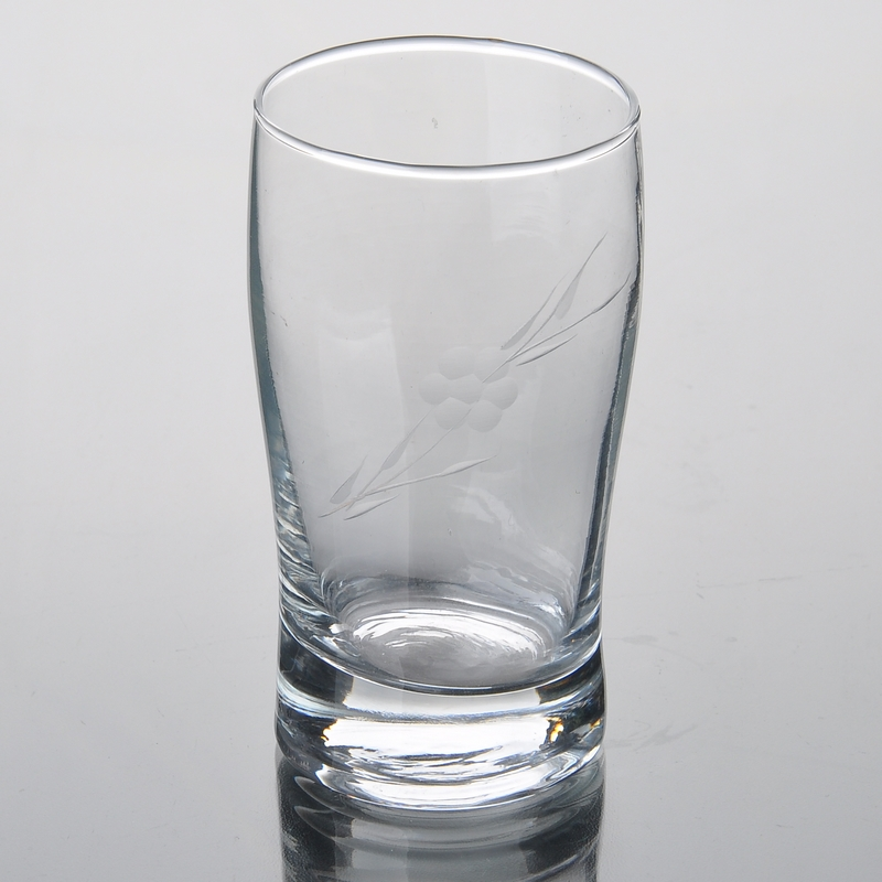 Drinking glass with different size,drinking glass on ...