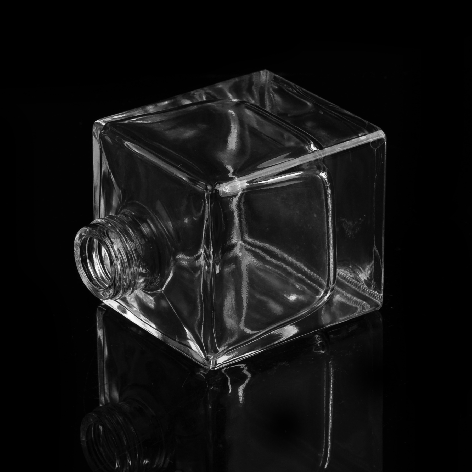Square clear glass perfume bottle with screw top glass bottle glass perfume bottle supplier - Square bottom wine glasses ...