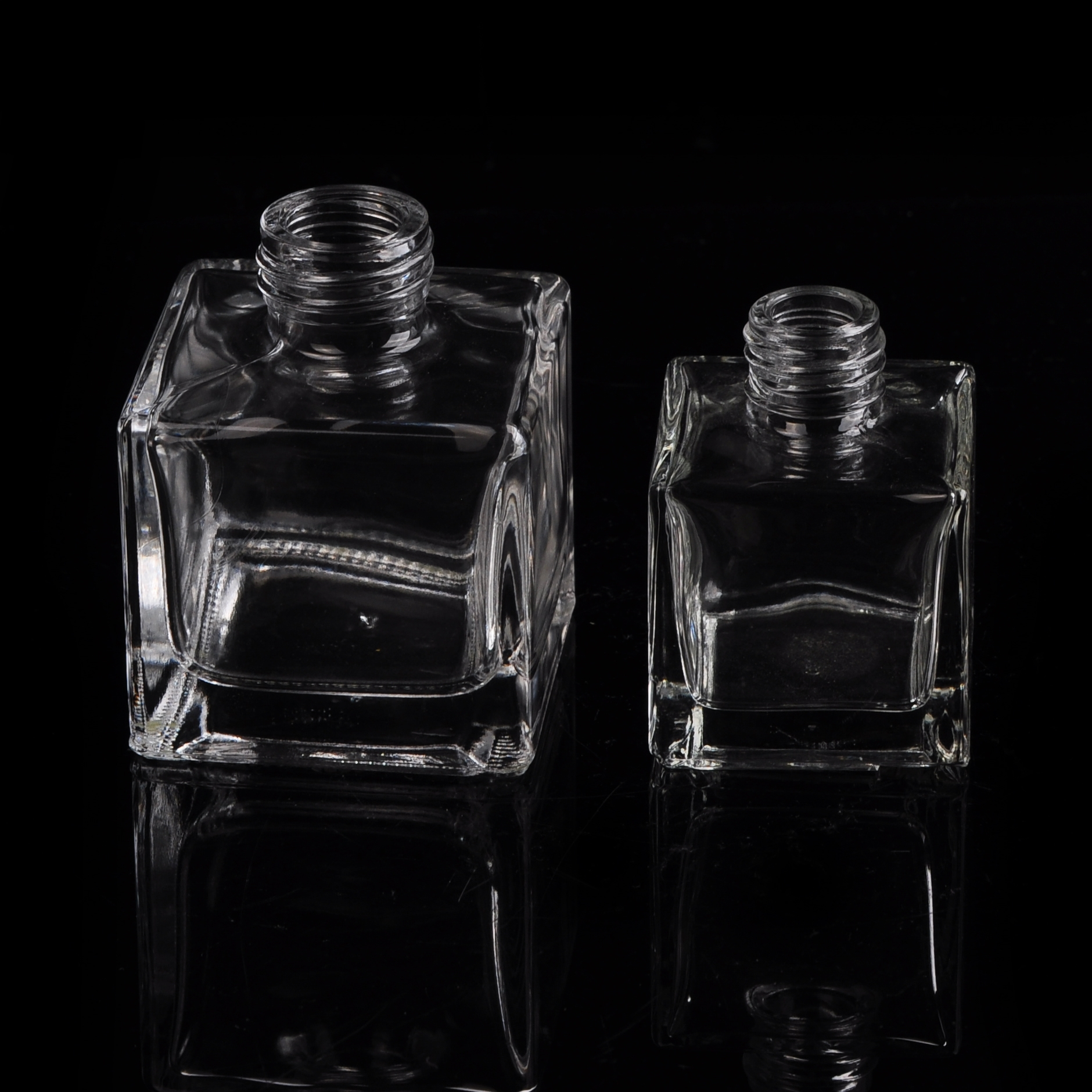 Square Clear Glass Perfume Bottle With Screw Top Glass